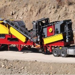 mobile crusher and screening plant