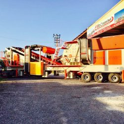 mobile aggregate crushing plant