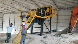 TEK 1650 Vibrating Screen