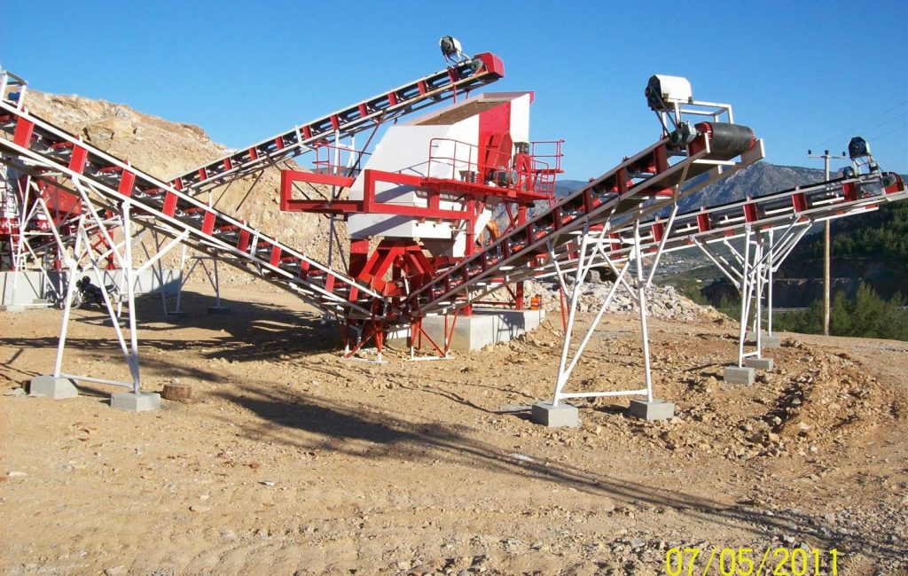 stone-crushing-plant (Large)